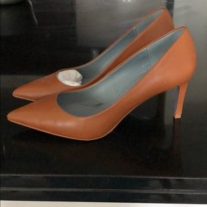 Zara pumps 38 or 7.5